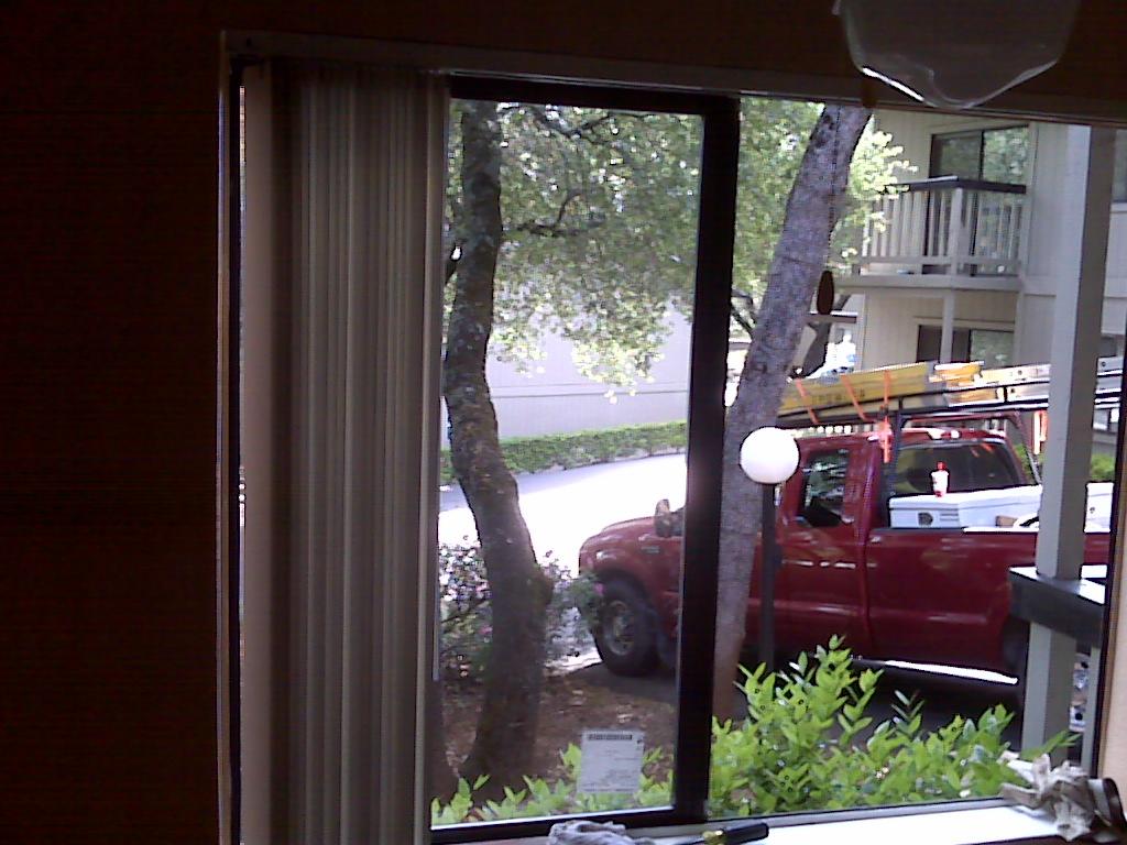 how to get rid of moisture between window panes